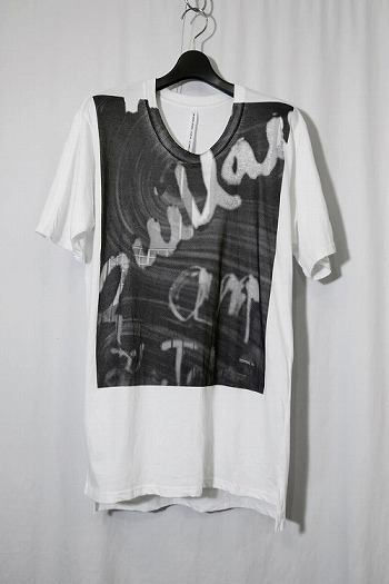 【20%OFF+ポイント10倍】nude:mm PRINT T SHIRT'WINDOW'