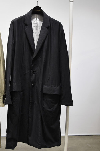 【予約】DBSS 17SS Poem printed over size coat BLACK