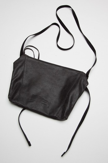 JULIUS 18PF POLYGON MUSETTE BAG_ju84